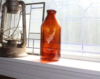 Vintage Amber Brown Milk Bottle Gratzer Dairy Syracuse, NY Half Gallon
