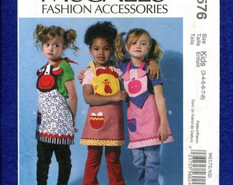 McCalls 6576 Farm Animal Aprons for Kids Size 3 to 8