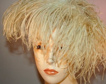 """Vintage """"ORIGINAL CATHAY of CALIFORNIA"""" Ostrich Feather Hat Women's Tilt Hat Feathers Union Made"""