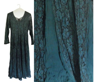 Green Lace Dress Dark Green Dress 90s Dress Bohemian Dress V Neck Dress 1990s Dress Long Dress Dressy Dress Ladies Dress Sheer Sleeve Dress
