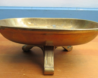 Brass Footed Soap Dish/Heavy Vintage Brass Soap Tray/Brass Decor