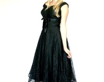 50's Vintage Prom Dress, 50's / 60's Vintage Fit and Flare Dress, Black Lace Dress