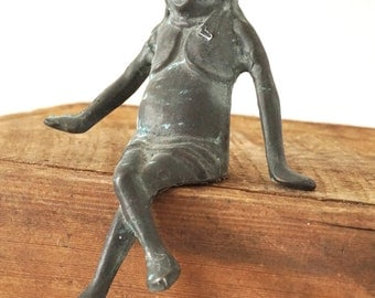 Seated Lady Frog Vintage Brass Figurine / Odd Primitive Garden Statue