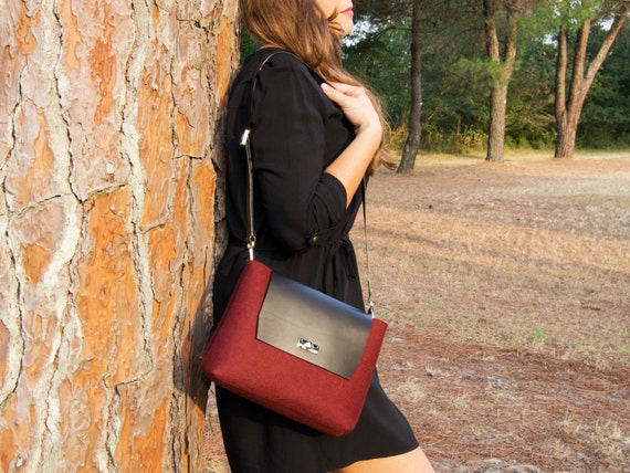 Felt and leather mini FLAP BAG, leather strap, maroon, burgundy, crossbody bag, 100% wool felt, made in Italy