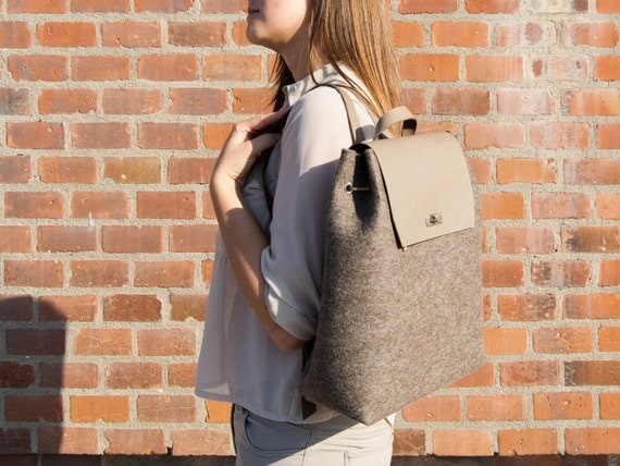 30% OFF - Felt and leather BACKPACK / grey backpack / felt backpack / satchel backpack / wool felt / handmade / made in Italy