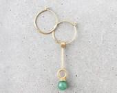 Lapidé de pierres précieuses boucles d'oreilles créoles asymétriques / tour de cou Collier multi-way / 14 k or vermeil / vert aventurine