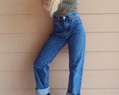 90's Levis 505 High Waisted Boyfriend Mom Jeans // Women's size 29 30 31 Large L