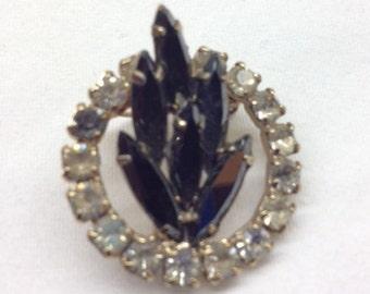 SALE - Vintage Rhinestone Brooch Pin