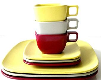 Vintage Melamine Dishes : Arrowhead / Brookpark / Set of Nine