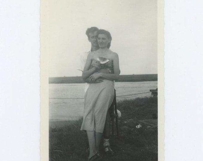 Vintage Snapshot Photo: Watermelon Lovers, c1940s (69505)