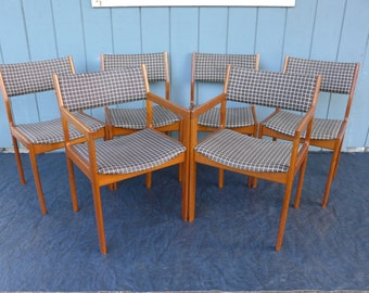 6 Teak Danish Modern Dining Chairs D-Scan Black and White Check Upholstery 2 Arm 4 Side Chairs Solid Wood