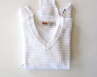 ELLESSE Cotton Knit V-Neck Sweater. Sz M.
