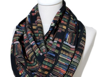 Bookshelf Infinity Scarf, Colored Book Scarf, Library Scarf Circle Scarf Summer Fall Winter Session gift for her girlfriend print scarf