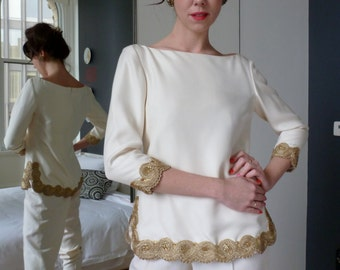 Sleek Marchesa Evening Wear Tunic Top NWT Ivory White Designer NWT Couture Dress Gold Passementerie Embellished