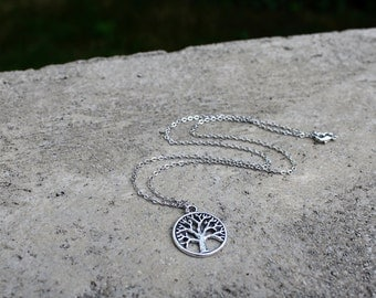 Tree of Life Necklace // Circle Tree Necklace // Forest Necklace // Woodland Necklace // Silver Necklace
