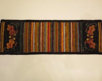 "Hand hooked wool rug 12.5"" x 37"""