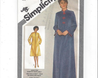 Simplicity 9782 Pattern for Misses' Jiffy Robe in 2 Lengths, Sizes 18 & 20, FACTORY FOLDED, UNCUT, From 1980, For Stretch Knits, Vintage