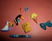 Vintage 80's Metal Pin Broches Toucan Sail Boat Ice Cream Cone Ribbon Crayon NICE lot