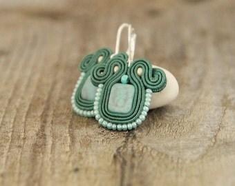 Mint green beaded earrings, mint soutache earrings, embroidered green earrings, soutache jewelry, mint jewelry, mint earrings