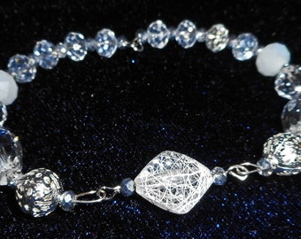 Crystal Glass Bracelet (I 522)