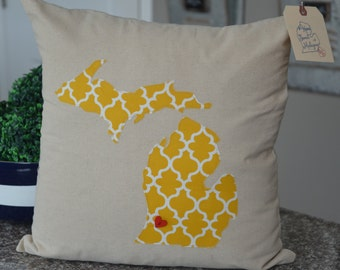 Yellow and white Moroccan print Michigan Pillow Cover! state custom 18 x 18 pillow cover. Michigan decor, custom state pillow, home decor