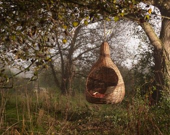PEARPOD - Bespoke hanging chair designed and crafted with your ideas in mind.