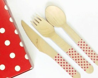 10 pcs x Wooden disposable cutlery with red and white polkadots, perfectly stylish for parties and to tie in with your table decor and theme