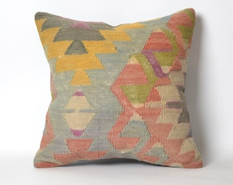 pillow cover, ethnic pillow, cushion cover, decorative pillow, accent pillow, home decor, bohemian pillow, navajo pillow cover, kilim pillow