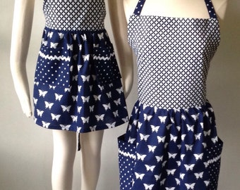 Mother Daughter Apron Set, Mom and Me Aprons, Navy and White, Butterflies