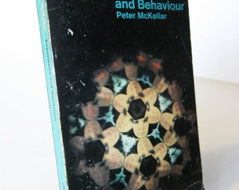 Experience and Behavior, Peter Mckellar Vintage Books Paperback 1960s, Psychology Factual guide
