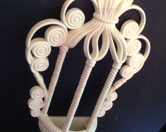 Vintage l972 Burwood Products (formerly Syroco)  wall hanging planter wicker-look white
