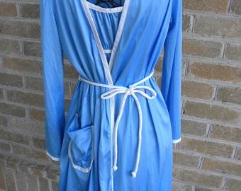 Vintage Blue Lingerie Set / Vassarette Juniors USA Nightgown and Robe Set/ Short Blue Vintage Lingerie Set / XS