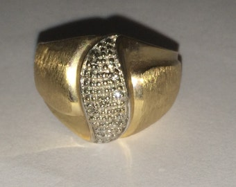 VINTAGE 10K Yellow Gold DIAMOND Accent Ring Size 7