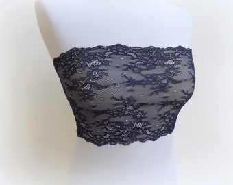 Navy blue floral lace bandeau top. Elastic lace strapless. Blue lingerie. Wireless bra.