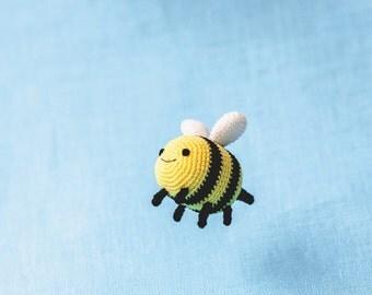 "Crochet Pattern of Bee Breezy from ""Adventure Time"" (Amigurumi tutorial PDF file)"