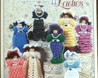 Vintage Crochet Patterns to Make 8 Delightful Dolls - Clothespin Ladies