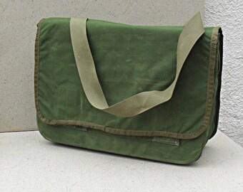 Vintage officers map case ,shoulder bag, satchel , cross body bag , messenger bag Israel 1980S-90s