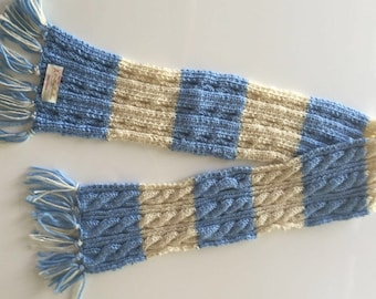 Hand knitted 100 % wool scarf