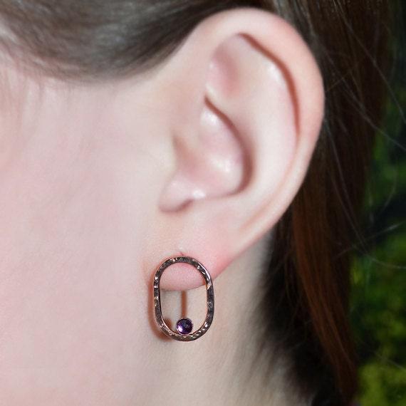 Rose Gold Amethyst Stud Earrings - 2mm Amethyst Hammered Post Earrings - Cartilage Earring Stud - 20 Gauge - Helix Earring - Conch Piercing
