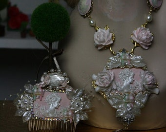 Hair Comb Art Nouveau Hand Painted Pale Pink Pealish Crystal