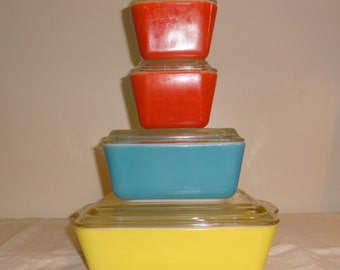 Sale- Vintage Pyrex Primary Refrigerator Set of 8 with Old Style Lids