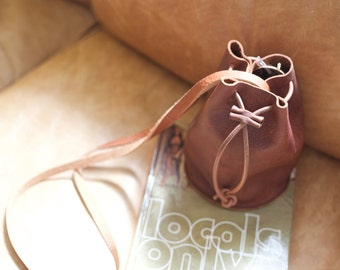 Small Cross Body Bucket Bag - Henna Brown Leather