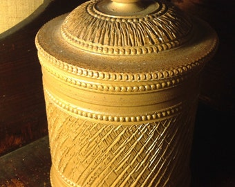 Sandstone tobacco pot