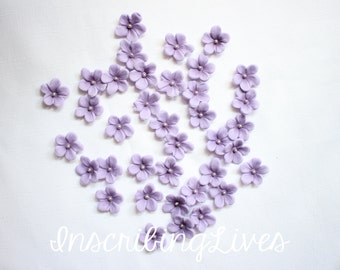 fondant flowers 36pcs sugar edible flowers lavender purple plum Shabby chic cupcake toppers decorations sweet 16 bridal shower wedding baby