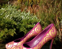 Pink and Gold Hand Painted Psychedelic High Heels. Euro size 40, (Uk size 7, Us size 9)