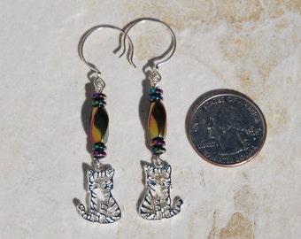 Sterling silver cat charm earrings, hematite earrings, kitten earrings, hematite kitten cat earrings, sterling silver earrings, cat earrings