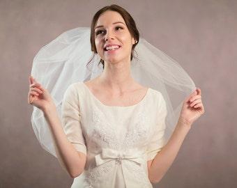 Bubble wedding veil, bridal veil, short veil, bridal illusion tulle veil in white, silk white, light ivory and ivory