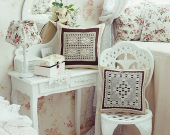 Сollection of decorative cushions Walse of the Flowers