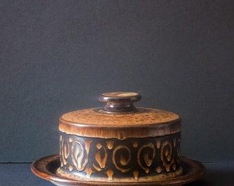 Vintage butter or cheese dish IDEN POTTERY RYE, mid-century pottery, modern ,retro kitchen, studio pottery, British