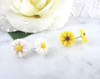 Sunflower Earrings - Daisy Earrings - Stud Earrings - Sunflower Jewelry - Flower Earrings - Cute Earrings - Flower Jewelry - Simple Earrings